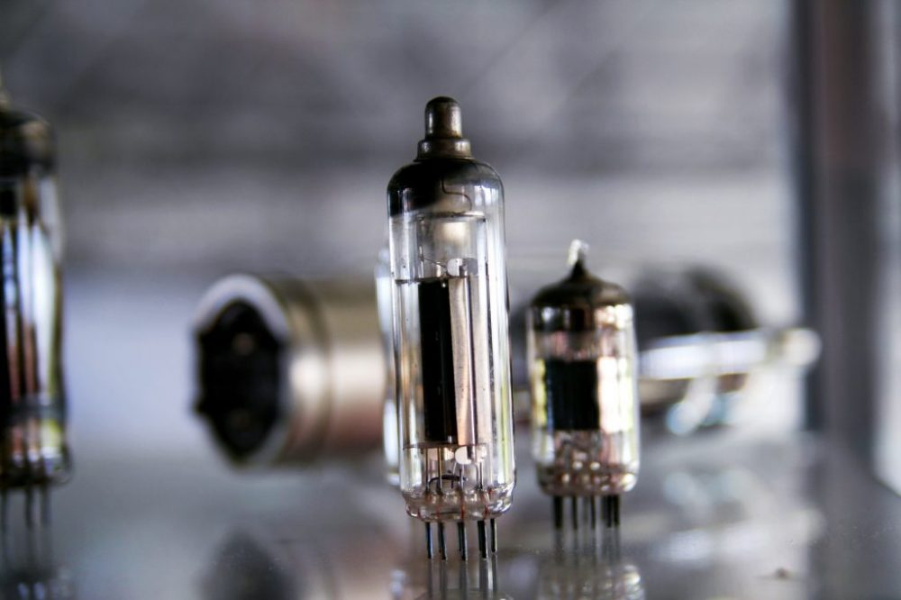 Vacuum Tube Amplifier Basics
