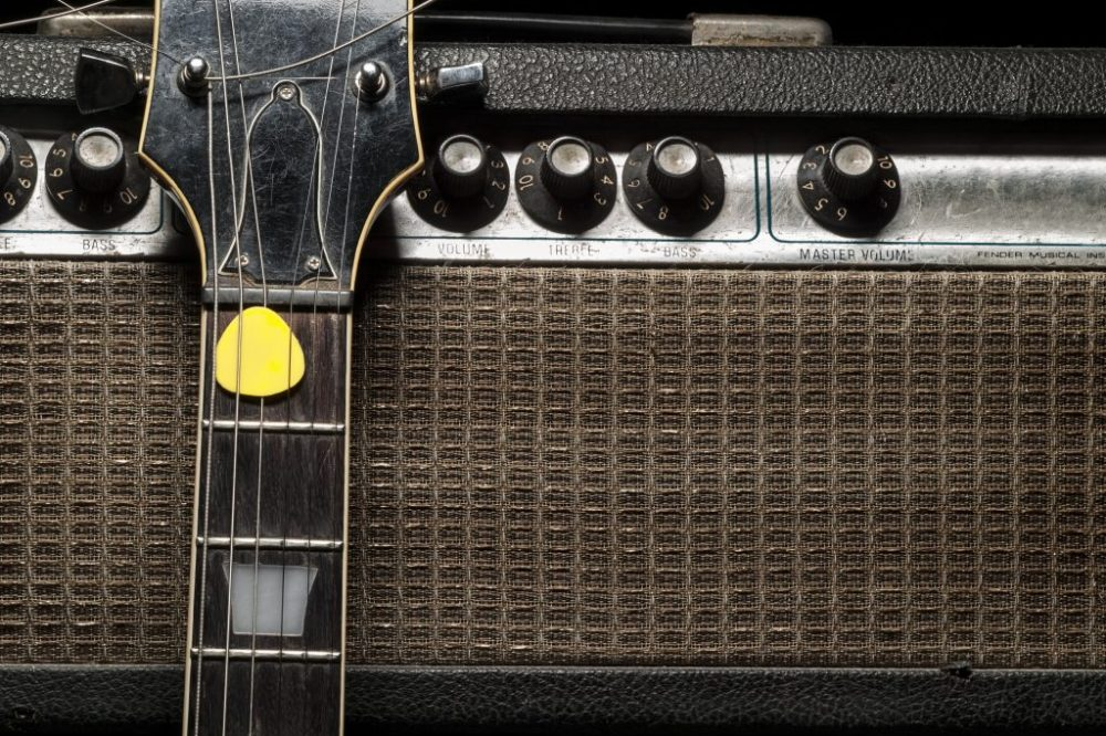 Best Tube Amp for Pedals: Fender Super Champ X2 Reviewed!