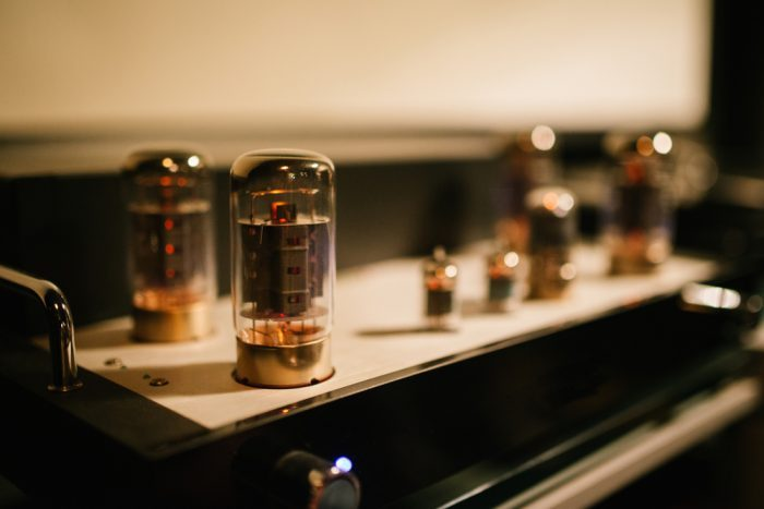 5751 Tubes Vs. 12AX7 Tubes – Which Is Better?